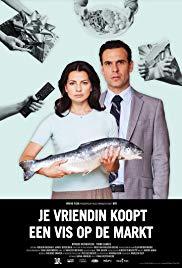 je-vriendin-koopt-een-vis-op-de-markt